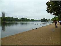 TQ2780 : Looking west along the northern edge of The Serpentine by Shazz