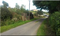 S7752 : Water pump on the South Leinster Way by Hywel Williams