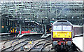 NS5865 : The Royal Scot train at Glasgow Central by Thomas Nugent