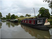 SU2763 : Kennet & Avon canal, between bridges 97 and 96 by Christine Johnstone