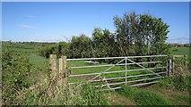 NS4025 : Farmland by Mossblown by Richard Webb