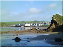 SM8513 : Heading for Broad Haven by Gordon Hatton
