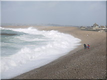 SY6873 : Stormy seas on Chesil Beach by sue hogben
