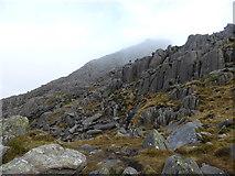 SH6659 : Descending Tryfan's south ridge by Jeremy Bolwell