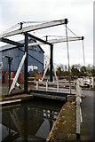 SJ5848 : Wrenbury Bridge, Llangollen Canal by Christopher Hilton