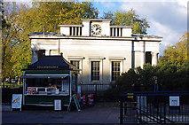 TQ2879 : Lodge and refreshment kiosk, Hyde Park Corner by Jim Osley
