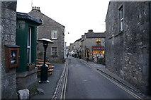 SE0064 : Main Street, Grassington by Ian S