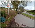 SO4703 : Road junction in Llanishen by Jaggery