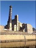 SE1039 : The Damart mill at Bingley by Gordon Hatton