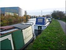 TQ2282 : Paddington Arm of the Grand Union Canal by Marathon