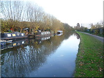 TQ2282 : Paddington Arm of the Grand Union Canal near Scrubs Lane by Marathon