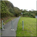 SM9005 : Barrier across a cycleway and footpath, Milford Haven by Jaggery