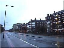 TQ3287 : Seven Sisters Road, Woodberry Down by Chris Whippet