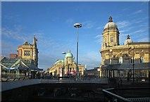 TA0928 : Queen Victoria Square, Hull by Derek Harper