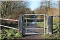 SE3403 : Gate on the Trail by Dave Pickersgill