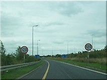 N3334 : Slip road leading on the westbound lane of the M6 at Junction 5 by Eric Jones