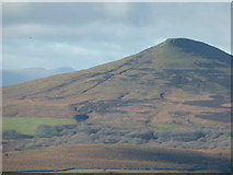 SO2718 : The Sugar Loaf and the Brecon Beacons from the Skirrid by Jeremy Bolwell