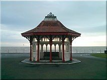 TQ7407 : Shelter at sea front, Bexhill-on-Sea by PAUL FARMER