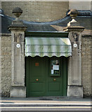 ST7465 : Detail of 15 Crescent Lane, Bath by Stephen Richards
