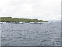 HU5699 : Salmon cages off Head of Mula by Richard Webb