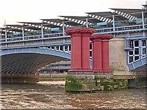 TQ3180 : Blackfriars Railway Bridge by Oliver Dixon