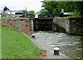 SO8660 : Lock No 5 north of Fernhill Heath, Worcestershire by Roger  Kidd