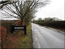 SP9409 : Entrance to Wigginton by Alex McGregor
