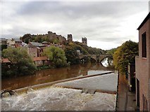NZ2742 : The River Wear in spate at Durham City by Robert Graham