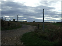 TF0933 : Footpath to Folkingham by JThomas