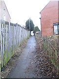 SE0726 : Footpath - Bracewell Drive by Betty Longbottom