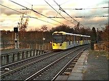 SD7807 : Crossing Spring Lane by David Dixon