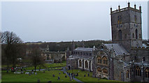 SM7525 : St. Davids Cathedral by wfmillar