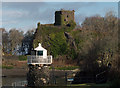 NM8531 : Dunollie Lighthouse & Castle by The Carlisle Kid