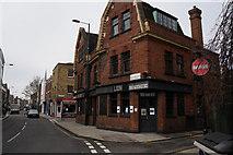 TQ3386 : The Lion on Stoke Newington Church Street by Ian S