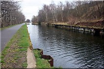 SE2833 : The Leeds & Liverpool Canal to the west of Leeds city centre by Graham Hogg