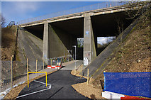 SD4964 : M6 bridge over cycleway by Ian Taylor