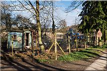 TQ2151 : The Hen Hut by Ian Capper