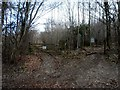SP8304 : Entrance to Pulpit Wood by Bikeboy