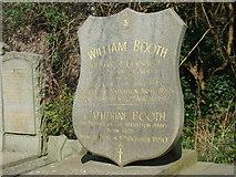 TQ3386 : William Booth's gravestone by Robert Lamb