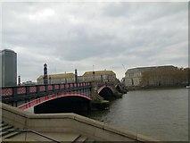 TQ3078 : Lambeth Bridge by Paul Gillett