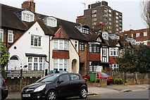 TQ2785 : At the north end of Upper Park Road, Belsize Park by Kate Jewell