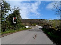 SO2547 : Traffic light on approach to Whitney on Wye toll bridge by Bikeboy
