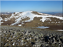 NO0576 : Glas Tulaichean from Carn an Righ by William Starkey