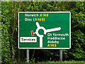 TM4192 : Roadsign on the A146 Norwich Road by Adrian Cable