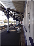 NO8686 : Canopy over the centre of the southbound platform, Stonehaven station by Stanley Howe