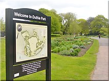 NJ9304 : Welcome to Duthie Park by Colin Smith