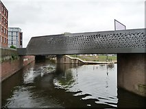 SJ8598 : V-shaped towpath bridge, Rochdale Canal by Christine Johnstone