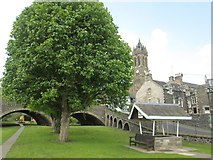 NT2540 : The Old Parish Church of Peebles as seen from below Port Brae by James Denham
