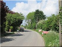 TA0130 : Once  a  main  road  now  a  cul-de-sac by Martin Dawes