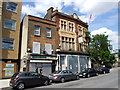 TQ3777 : The White Swan, Greenwich by Chris Whippet